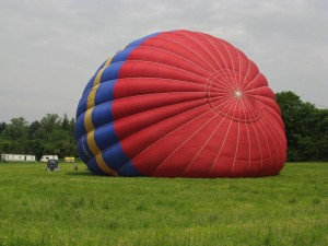 Ultramagic 250 G-CDST inflating