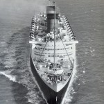 16 RMS Queen-Elizabeth bow shot