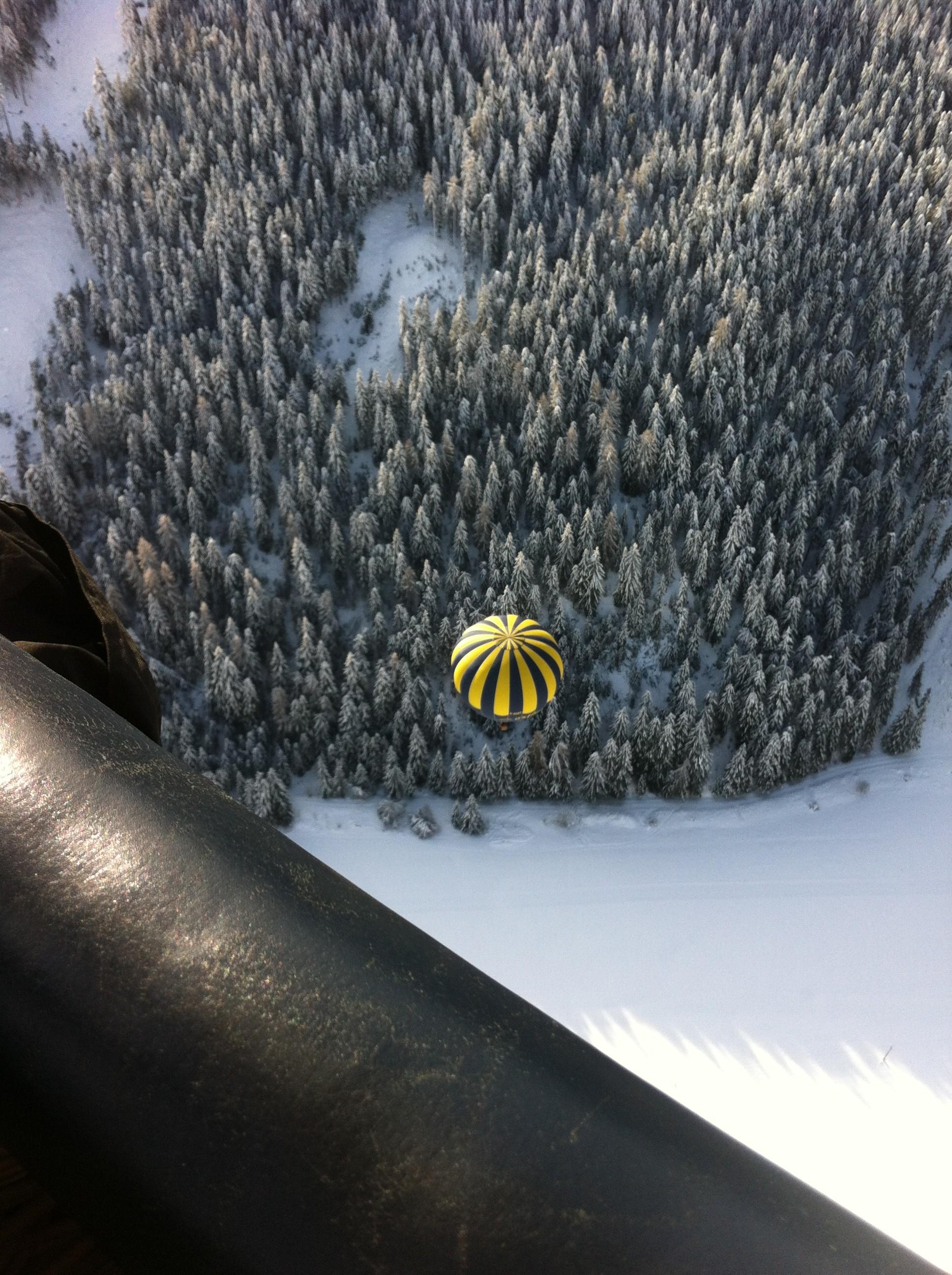 11 G-OXBC above alps
