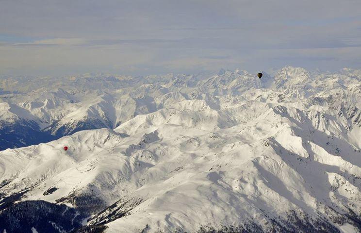 7 balloons over alps Dobbiaco