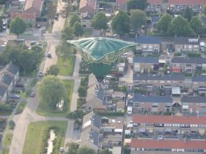 1 Aston Martin balloon joure