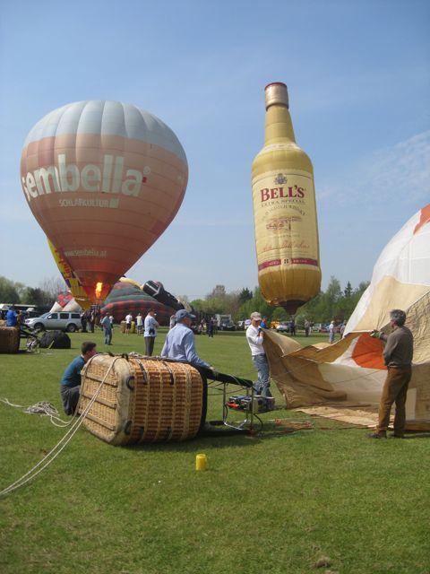 3 Bells Whisky balloon